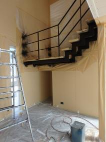 集成材・鉄骨階段とモールテックス塗り