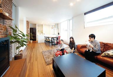 お家に合った家具もコーディネート<br>統一感ある洗練された空間が完成