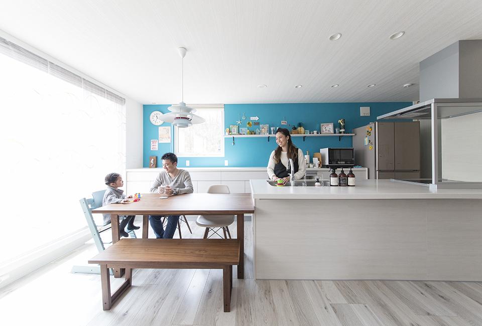 海をイメージしたコーディネート家族の時間を楽しむ家